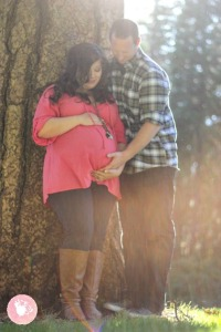 Grass-Valley-Maternity-Photographer